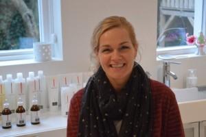Karin Kerwijk in haar schoonheidssalon in Enschede
